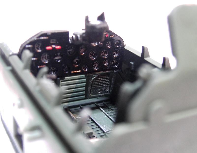 Republic P-47D Thunderbolt Bubbletop / Kinetic, 1:24 Pict5735