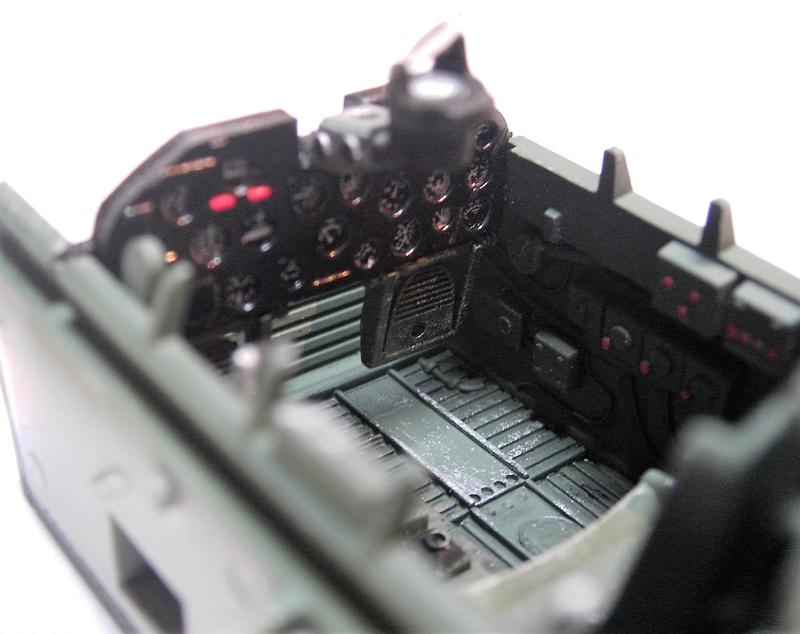 Republic P-47D Thunderbolt Bubbletop / Kinetic, 1:24 Pict5738