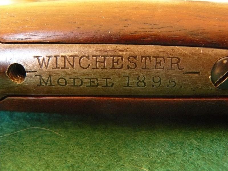 Deux exemplaires; 303 British et 405 Winchester [1895] 12winc10