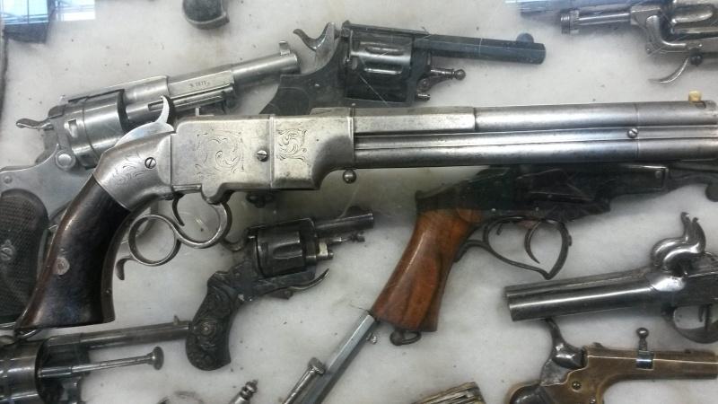 le pistolet volcanic  20140210