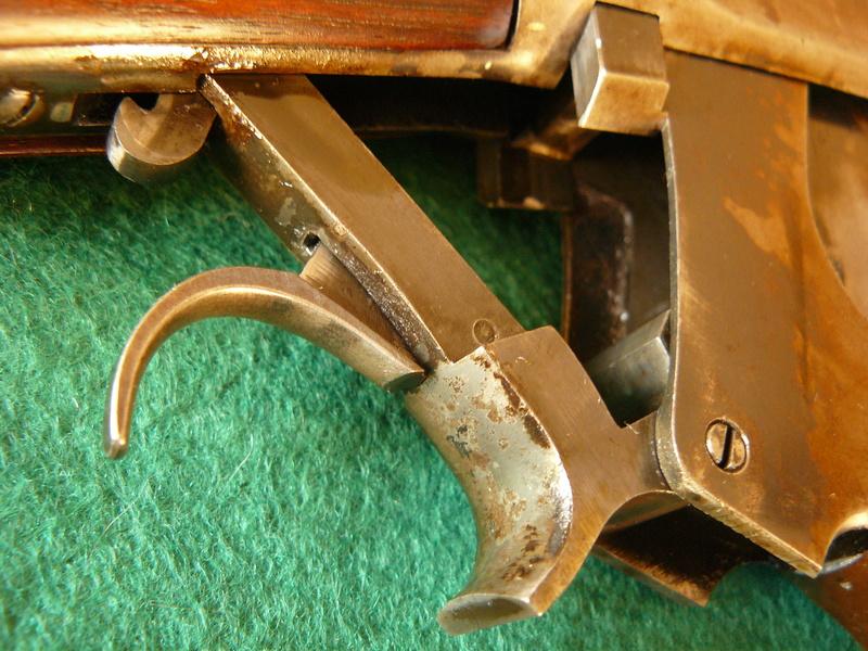 Deux exemplaires; 303 British et 405 Winchester [1895] 5winch10
