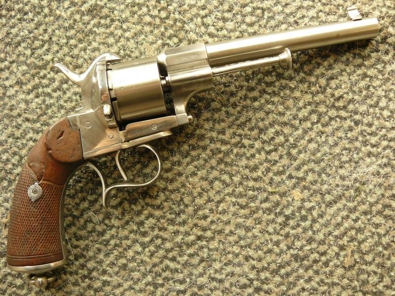 "Revolver type ""lefaucheux"" 12mm à broche Cnilic11"