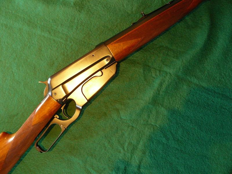 Deux exemplaires; 303 British et 405 Winchester [1895] W_189511