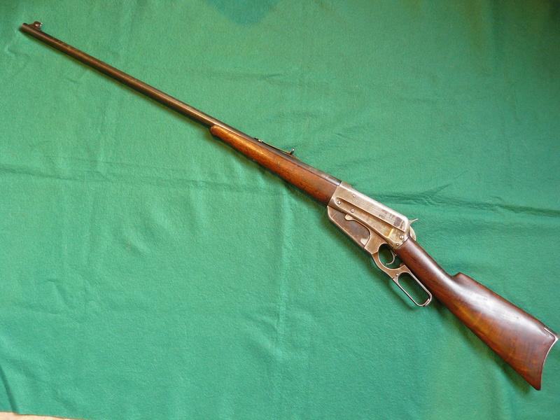 Deux exemplaires; 303 British et 405 Winchester [1895] Winche46