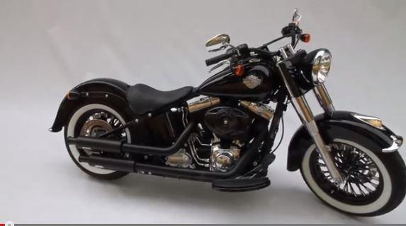 Combien de Softail sur le forum Passion-Harley - Page 12 Slim_r10