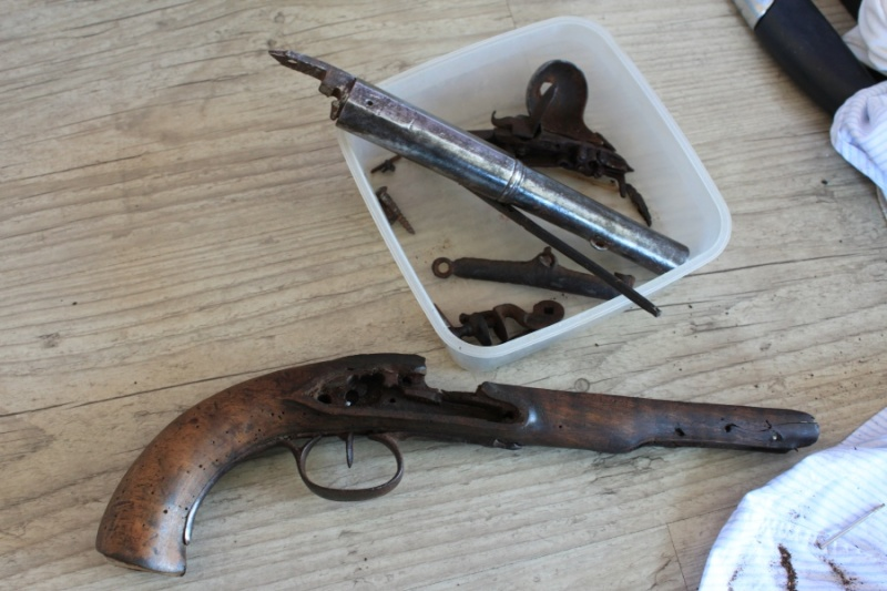 Pistolet demi arçon 18eme Img_6519