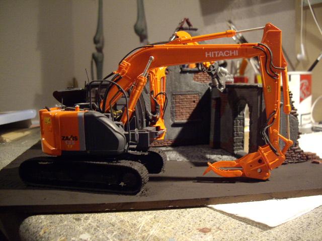 Hitachi Doppel-Arm-Arbeitsmaschine, Hasegawa 1:35 C10