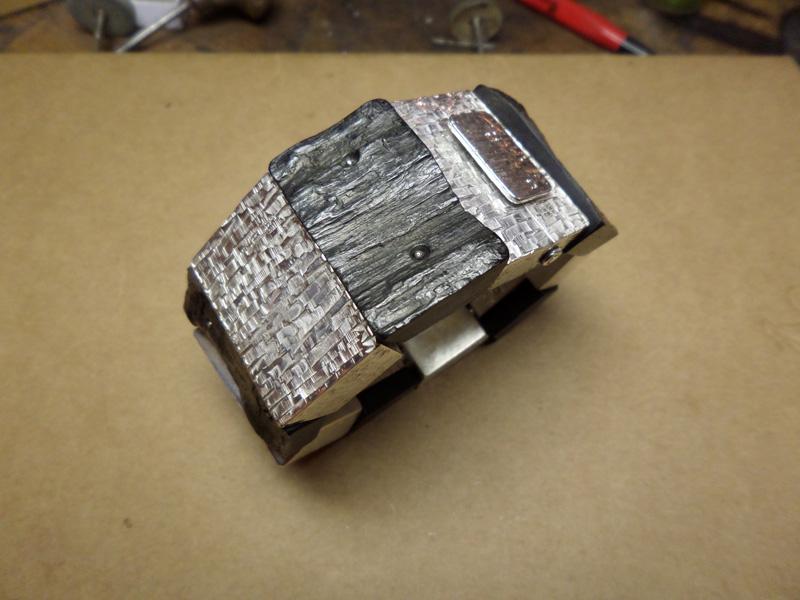 Bracelet en bois cassé ! Sam_0710