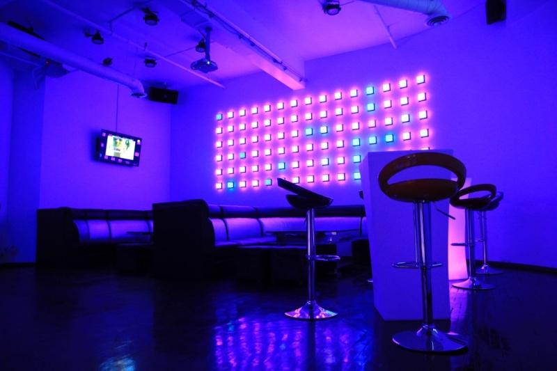 Mbox KTV [Bar-karaoke] 24950410