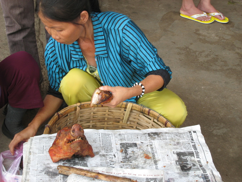 Papier journal entre les passes. - Page 3 Vietna10