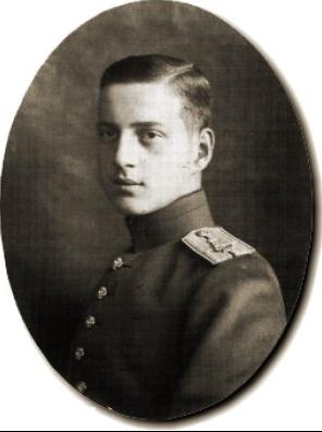 Il y a 100 ans, abdication du tsar Nicolas II Azeerr10