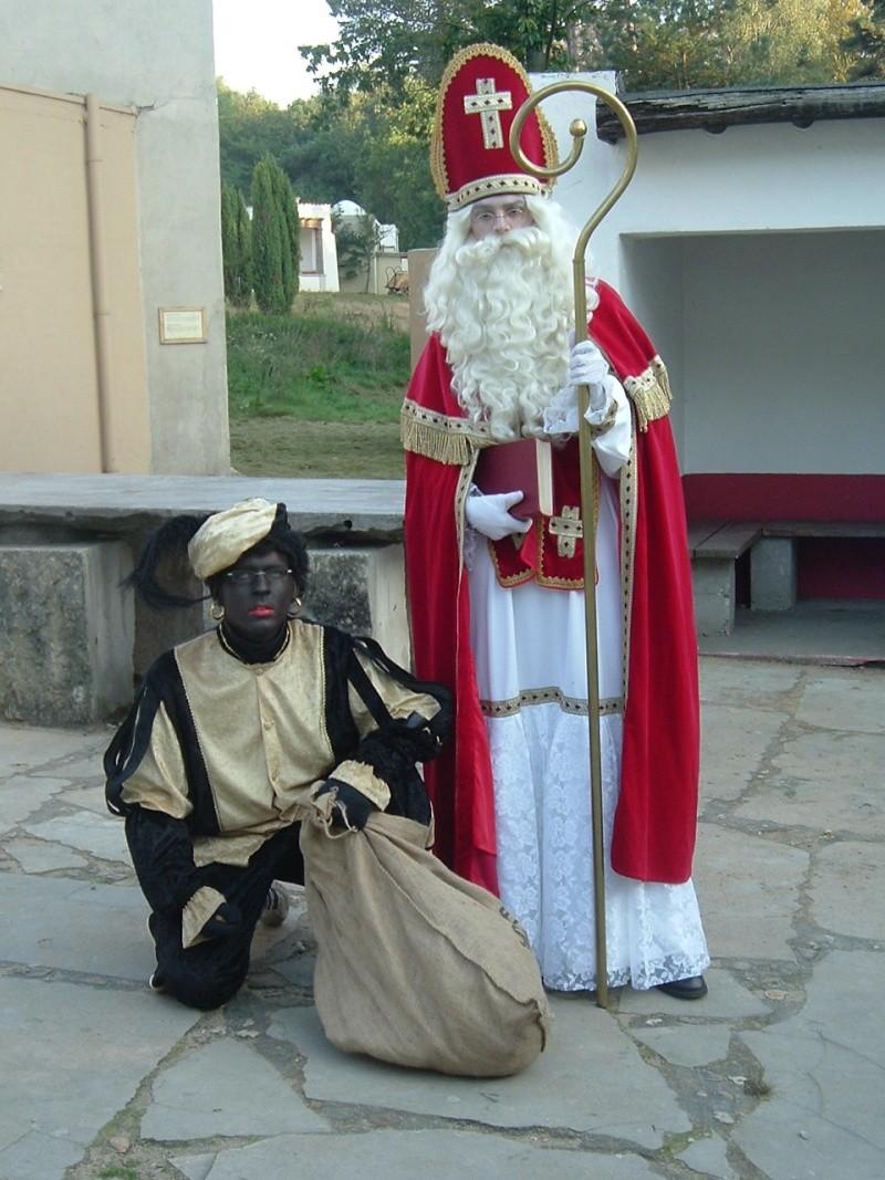 [Αφιέρωμα] Άγιος Βασίλης έρχεται... Από τον Άη Βασίλη στον Santa Claus Iiiiiu10
