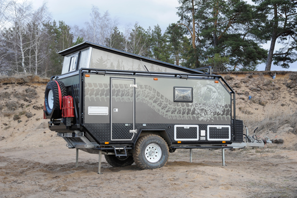 "Off road camper ""Cross Lander"" (Russie) Asb79810"
