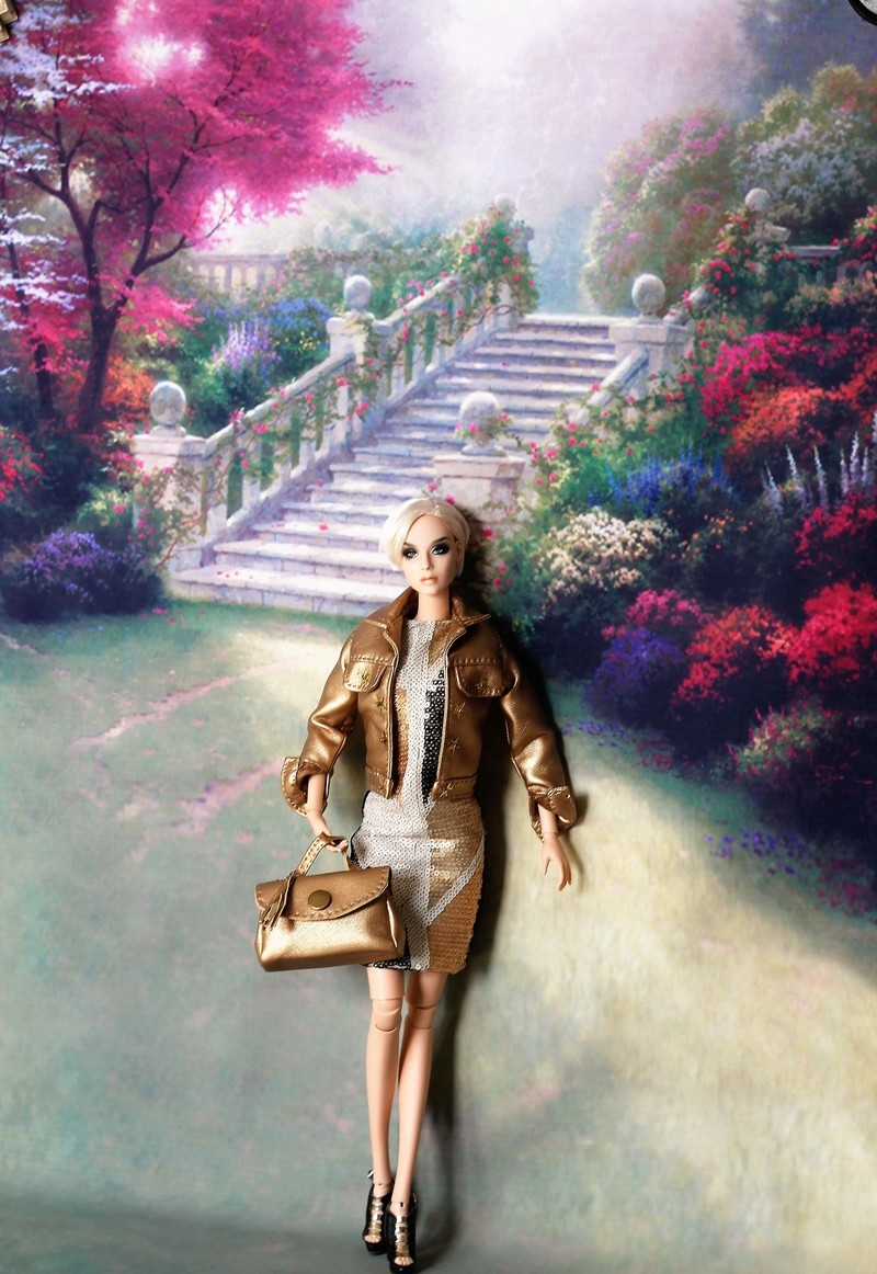 Le fantôme de la maison de couture    page 18 - Page 8 Img_9041