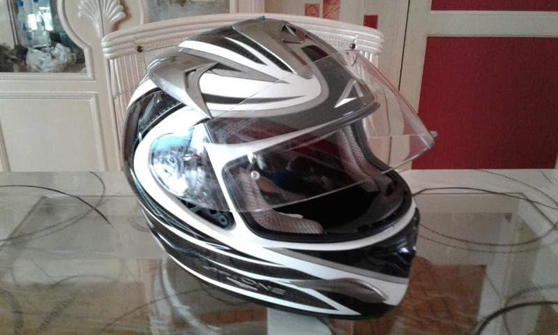 "A VENDRE casque moto ASTONE GTB EXCLUSIVE FASTBLACK noir/blanc "" VENDU "" 20170210"