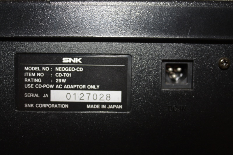 Alim et cables Neo-Geo CD Img_5211