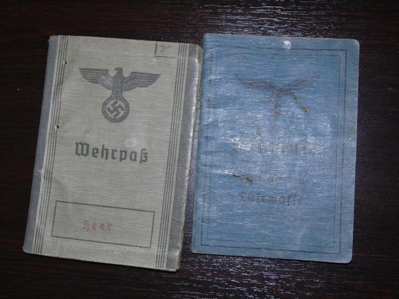 Traduction Wehrpass et Soldbuch Luftwaffe Dsc03210