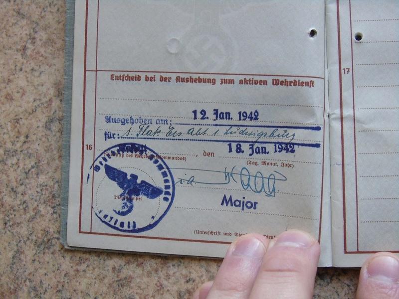Traduction Wehrpass et Soldbuch Luftwaffe Dsc03214