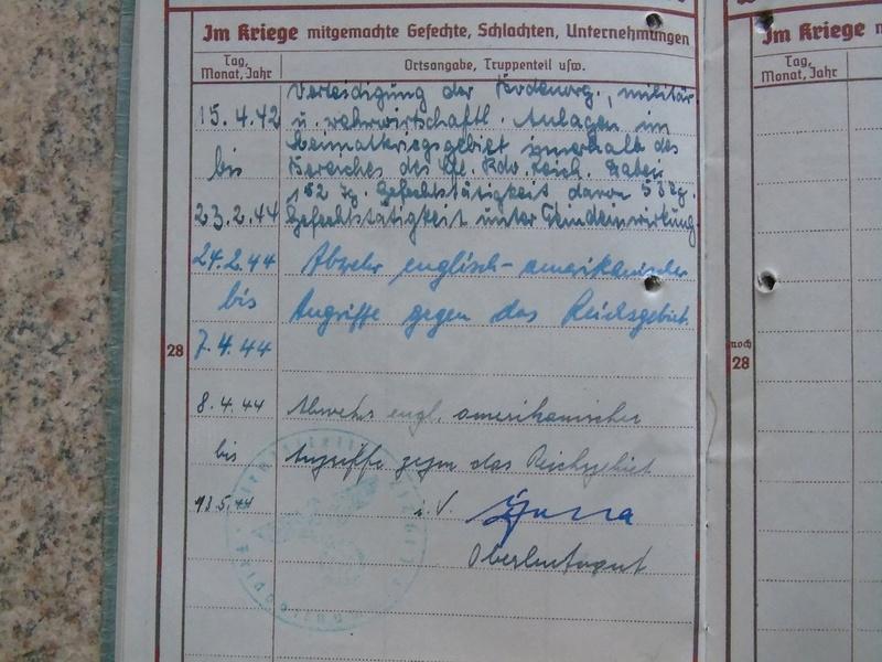 Traduction Wehrpass et Soldbuch Luftwaffe Dsc03218