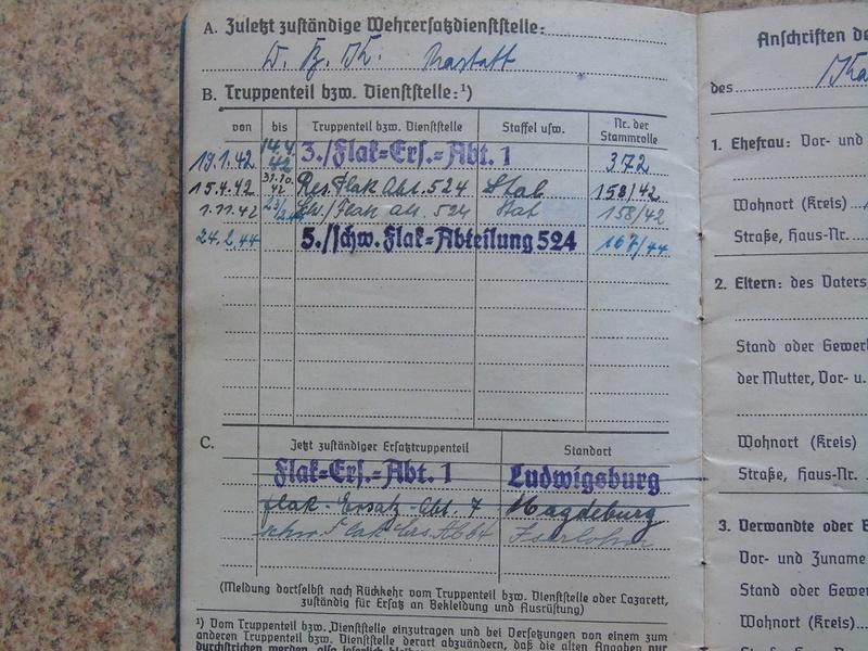 Traduction Wehrpass et Soldbuch Luftwaffe Dsc03223