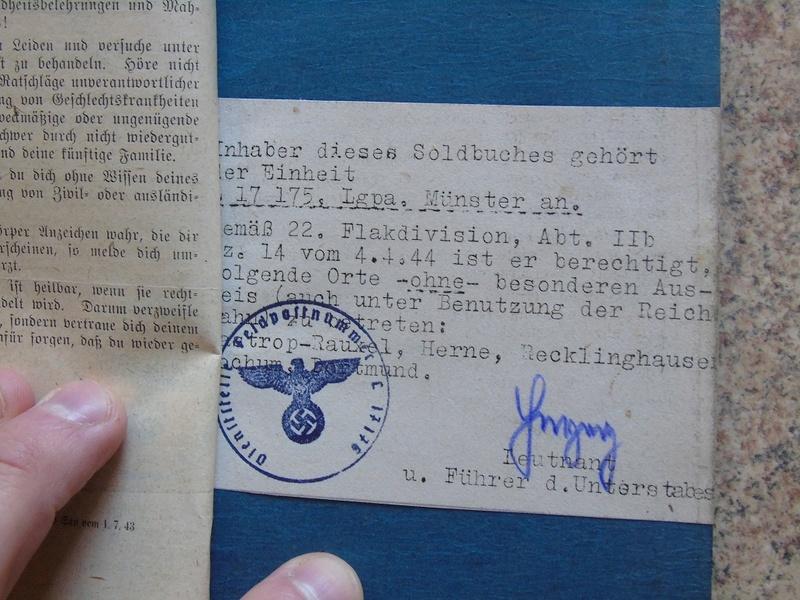 Traduction Wehrpass et Soldbuch Luftwaffe Dsc03232