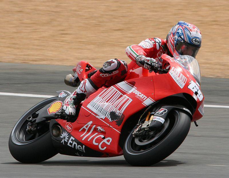 Nicky Hayden 800px-10