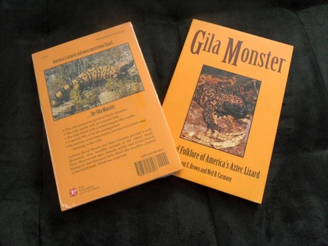 """Livre """"The Complete Carpet Python"""" et autres Sam_5111"""