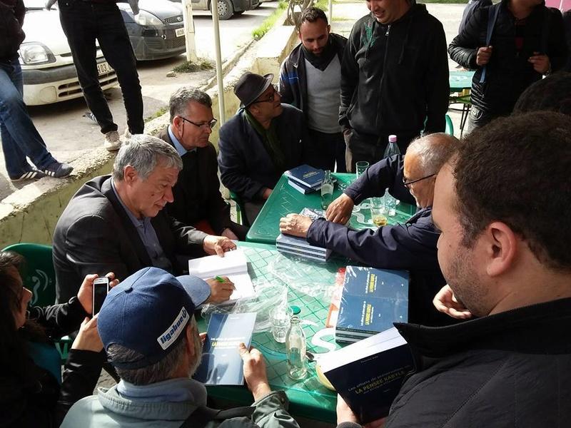 La  conférence de Younes Adli  empêchée par la police à Aokas le samedi 04 mars 2017 138
