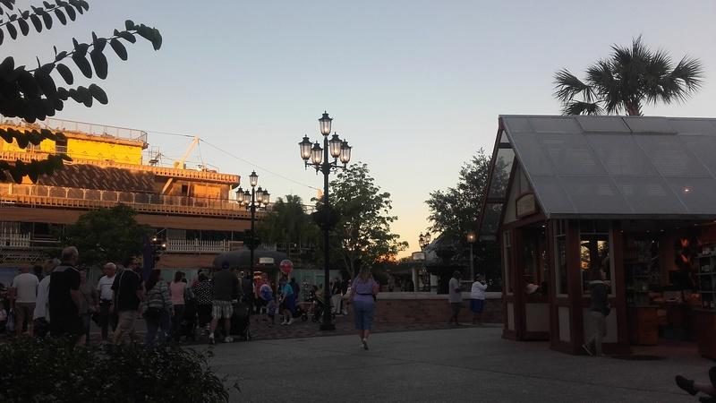 Un voyage de rêve à Walt Disney World ou comment vivre un mariage unique au pays de Mickey (octobre 2016) - Page 8 23_oct20