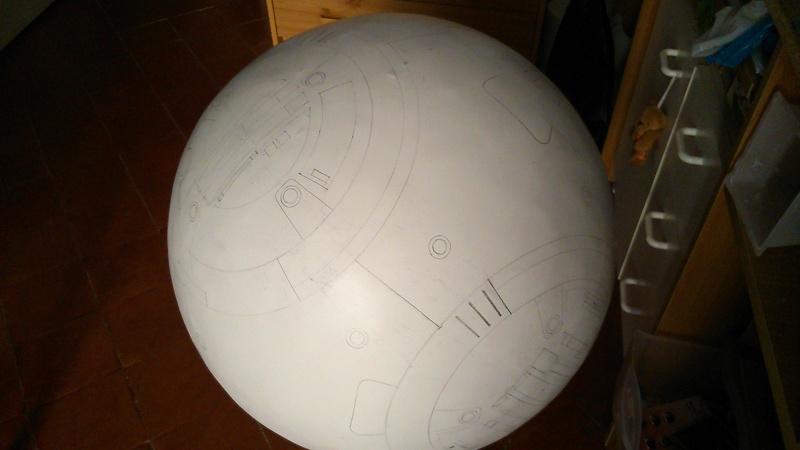 BB8 échelle 1/1 B1010