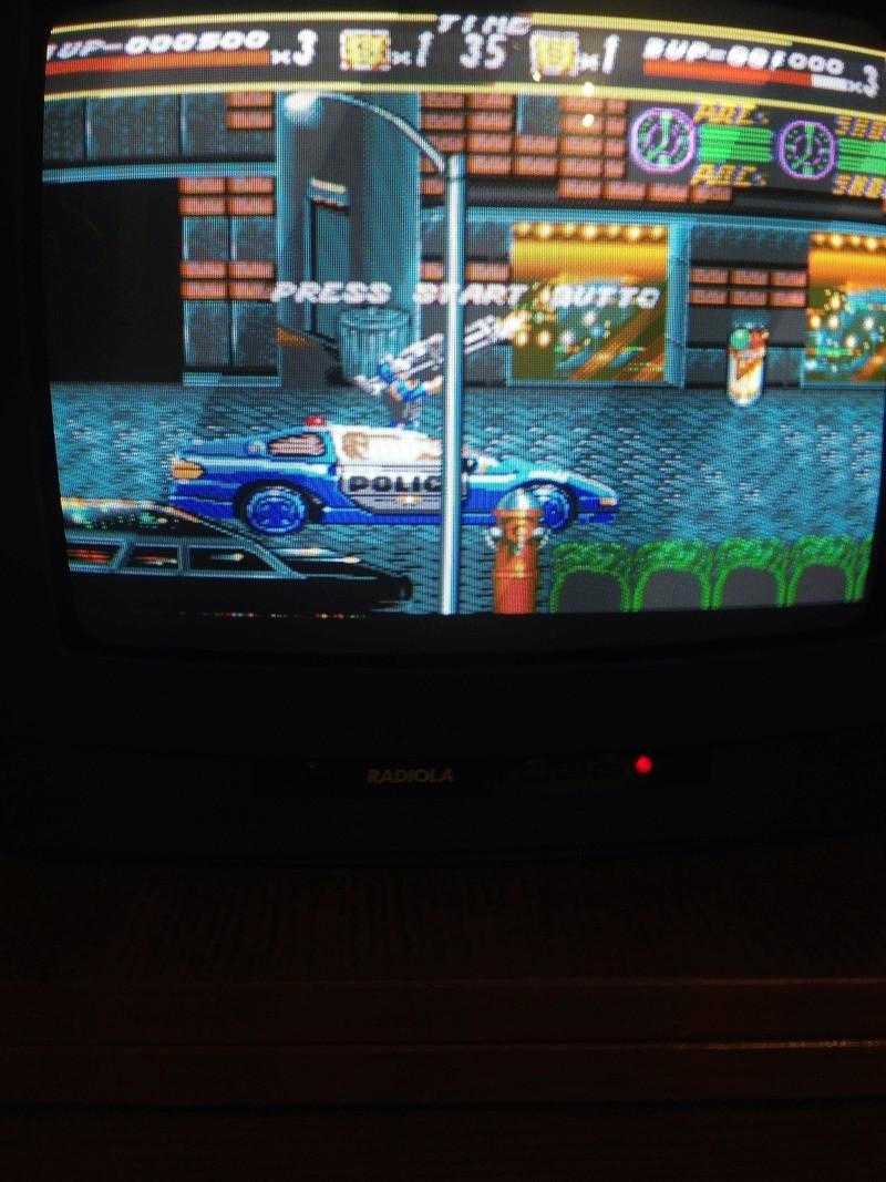 Affichage d'une mini ligne de pixel scintillante sur Megadrive Img_2210