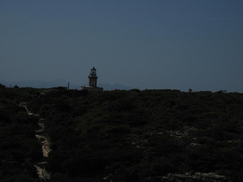 les phares en mer et à terre (2) - Page 21 Img_4714