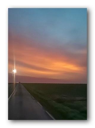 Beau lever de soleil après des jours de mauvais temps.  Lever_11