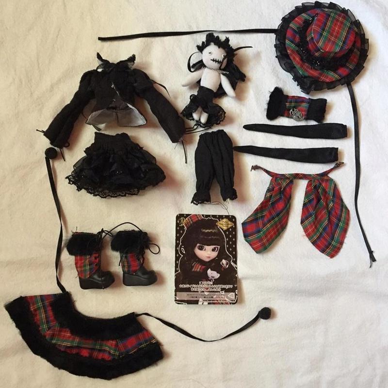 [VTS] Pullip FANATICA REGENERATION (obitsu+outfit) BAISSE  V1211