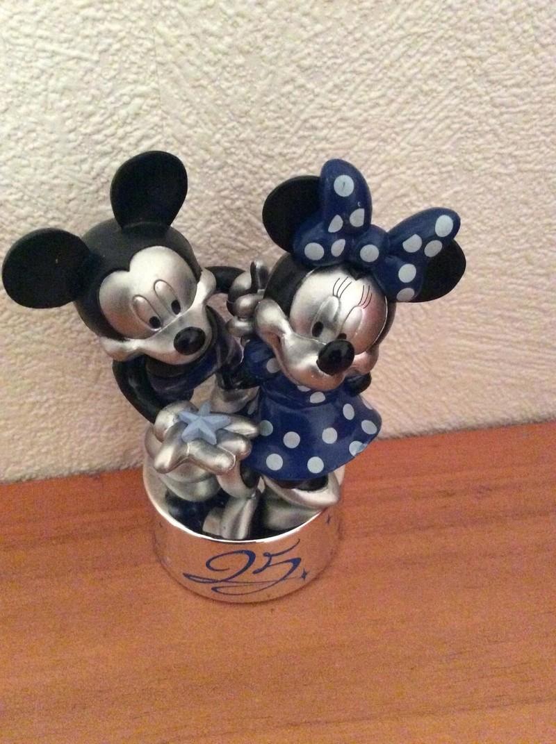 Présentation du Merchandising des 25 ans de Disneyland Paris - Page 14 Img_0319