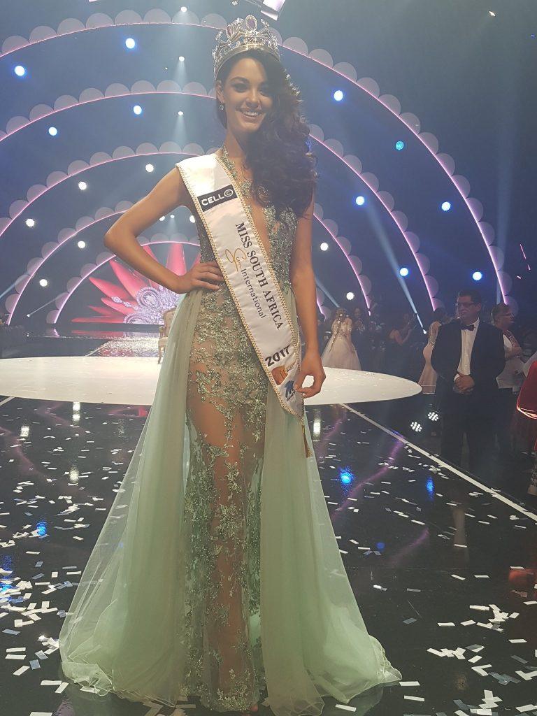 Resultado Final - Dinámica Missiólogo Experto del certamen Miss South Africa 2017 C73dhs10