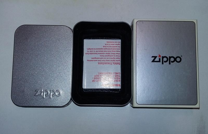 Les boites Zippo au fil du temps - Page 2 Metal_10