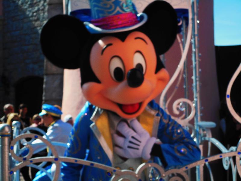 Vos photos avec les Personnages Disney - Page 38 Dscn0112