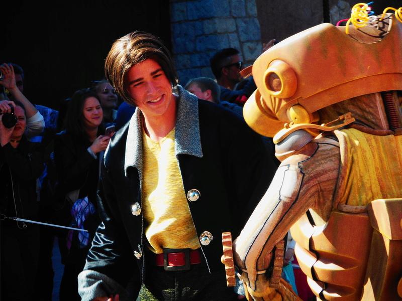 Vos photos avec les Personnages Disney - Page 38 Dscn0145