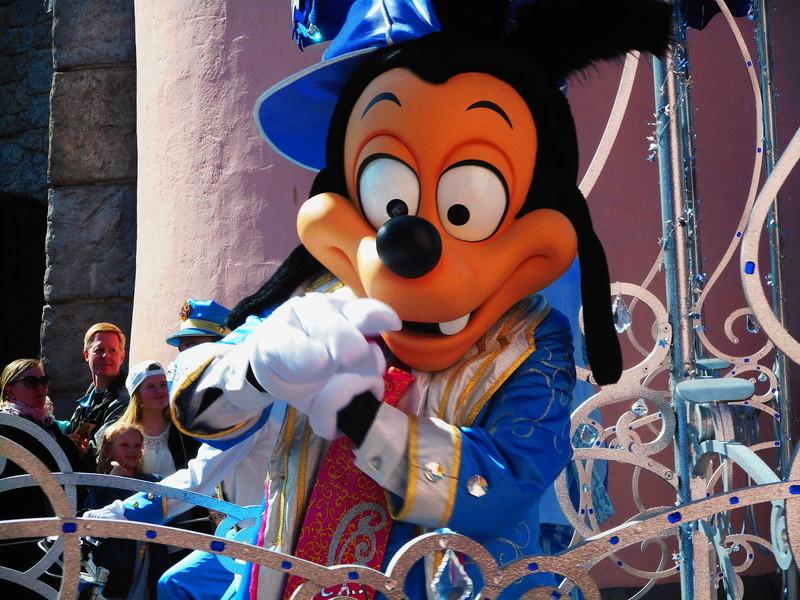 Vos photos avec les Personnages Disney - Page 38 Dscn0151