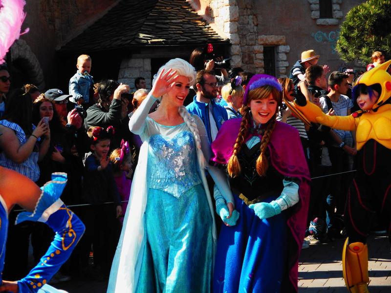 Vos photos avec les Personnages Disney - Page 38 Dscn0212