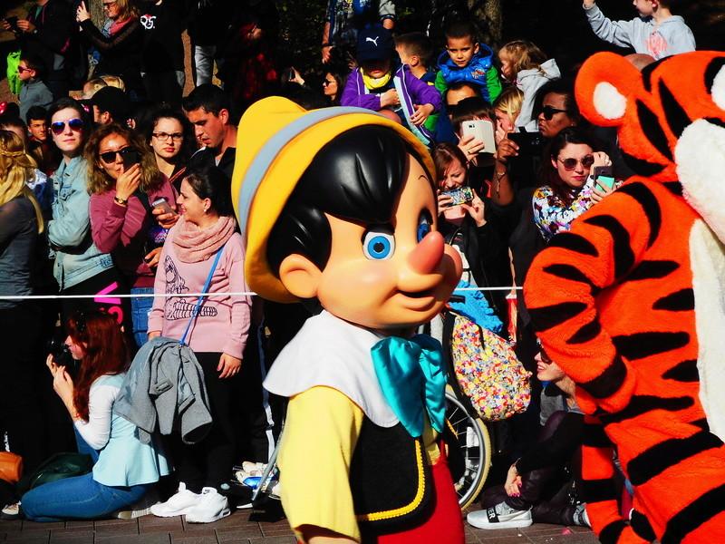 Vos photos avec les Personnages Disney - Page 38 Dscn0217