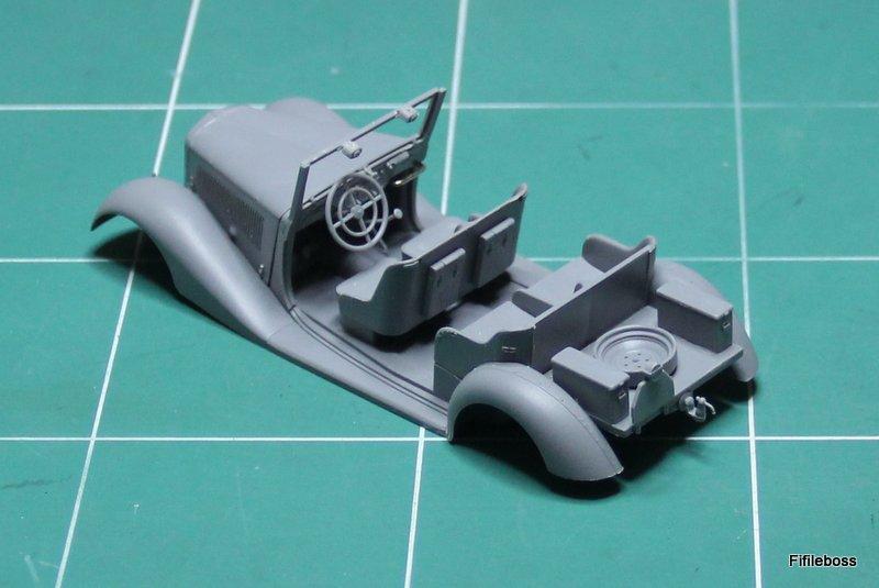 MERCEDES Type 170 V - MB 1/35° Img_6316