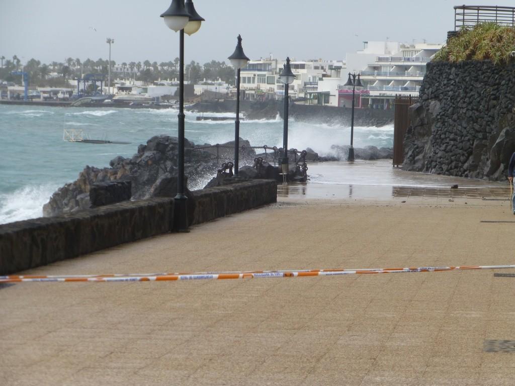 Canary Islands, Lanzarote, Playa Blanca, 2013 - Page 2 00617
