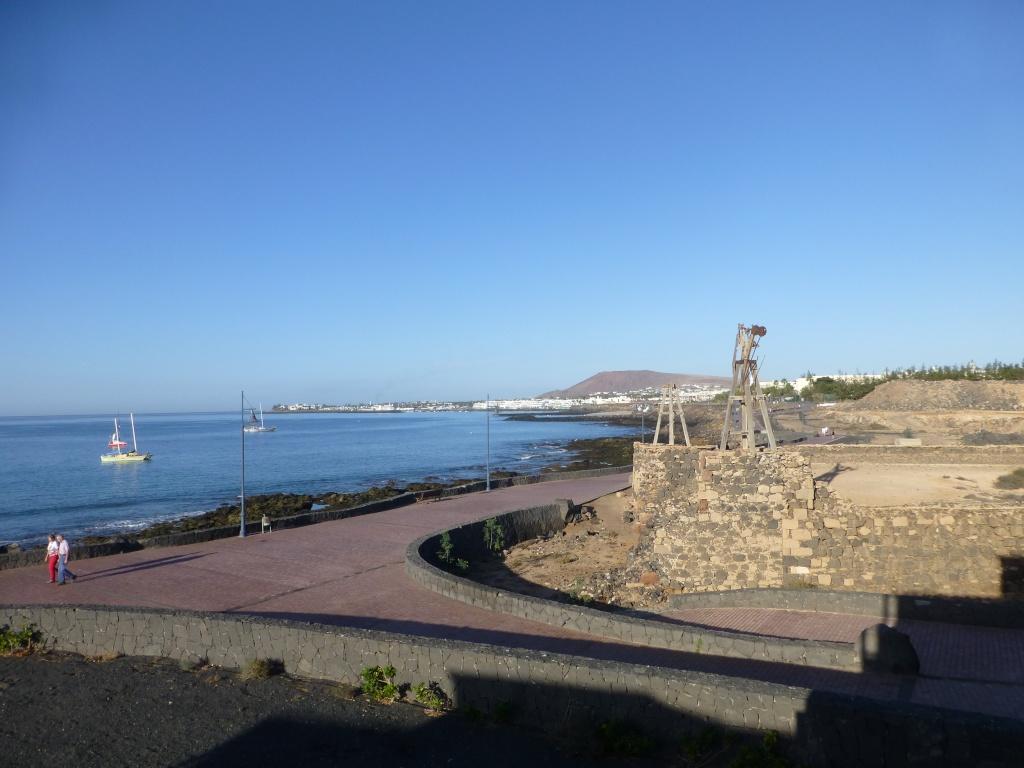 Canary Islands, Lanzarote, Playa Blanca, 2013 - Page 2 02811