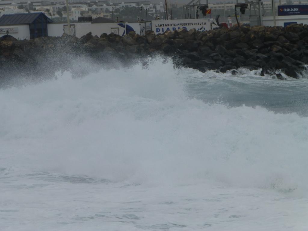 Canary Islands, Lanzarote, Playa Blanca, 2013 - Page 2 03815