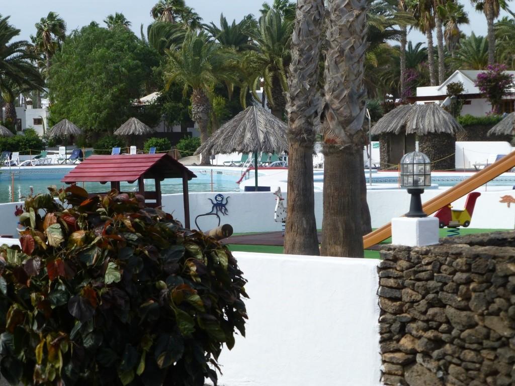 Canary Islands, Lanzarote, Playa Blanca, 2013 - Page 2 04515