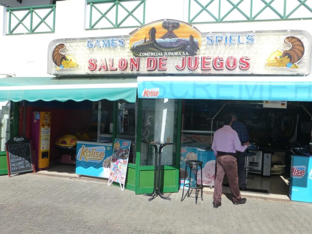 Canary Islands, Lanzarote, Playa Blanca, 2013 - Page 2 08912