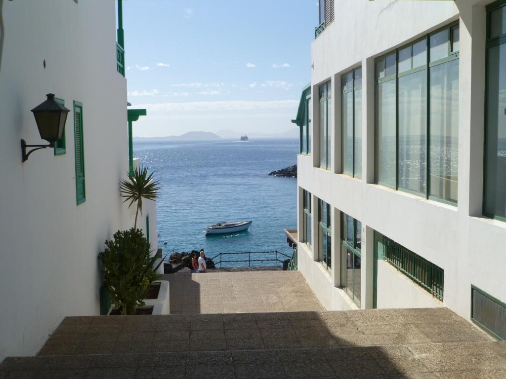 Canary Islands, Lanzarote, Playa Blanca, 2013 - Page 2 09012