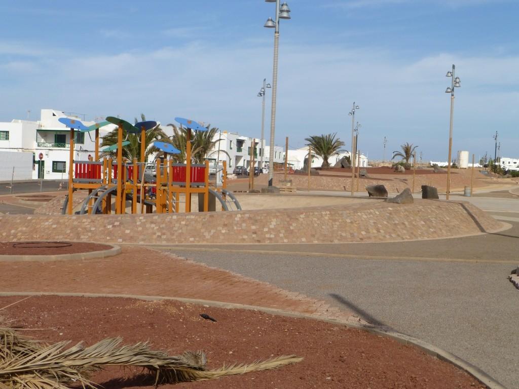 Canary Islands, Lanzarote, Playa Blanca, 2013 10911